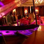 Rien de Rien Cocktail Club-  Live music
