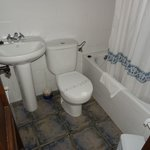 Pasaje San Jorge bathroom