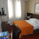 Yoldi hotel bedroom