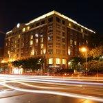 Hotel Marlowe at night