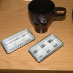 Have you ever seen such dainty ice cube trays?