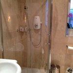 Impeccable shower
