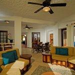 Xuxu living room
