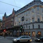 2 здания отеля