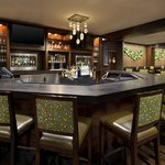 Grill & Vine Bar