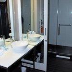 ALOFT Bathroom