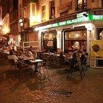Ресторан в вечернее время