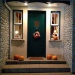 Le pas de porte décoré pour la fête de Halloween