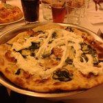 pizza con cime di ortica