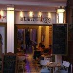 Istanbulum Cafe&Istanbulum Suites