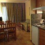 кухня-гостиная в апартаментах