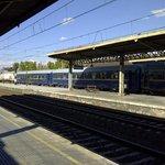 Tren de la Fresa con locomotora anacrónica Diesel