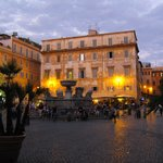 Piazza Sta Maria in Trastevere. In the background the studio.