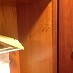 hooks at impossible places in the cupboard, so clothes are damaged when you take them out
