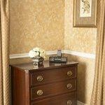 Harding Deluxe Bedroom