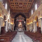 san lorenzo in lucina - interno - navata centrale