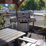 Roof BBQ / Smoking area