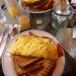 North Conway - Peaches omelettes