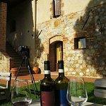 Mormoraia Wine