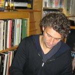 Jonas Kaufmann signing autographs