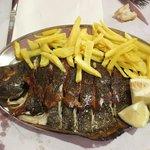 Exquisito pescado de la costa