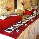 ... breakfast is served!