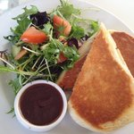 lunchtime at Gipps Street Deli