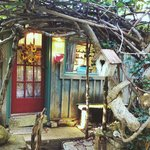 Bird song cottage. How enchanting