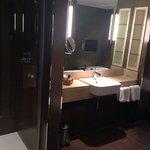 Great bathroom in the Edinburgh suit!