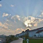 Blue Harbor sunrays