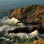 Cliffs below the Beacon