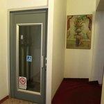 Hotel Roma entrance elevator