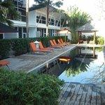 Villas & Pool