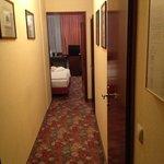 lungo corridoio ma bagno micro