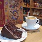Eagilik - Books & Coffee