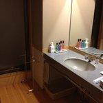洗面所。広くて綺麗です。