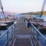 Sailling port opposite