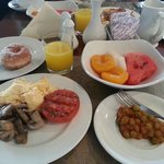 Yummy breakfast, alot to offer