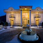 Hoteleinfahrt Alexado
