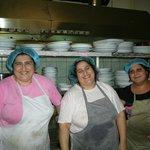 lady cooks at dimitris & sakis restaurant