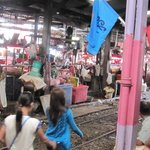 Markt aan station