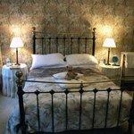 Bedroom-2, Burnside B&B