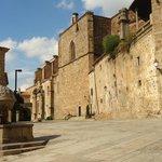 Palacio del Marques de Mirabel,muy cerca del Parador,que es un orgullo hotelero patrio.