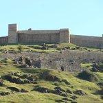 Vista del impactante Castillo de Aracena,que es muy recomendable visitar.