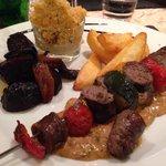Le plat du soir: saucisse du champsaur en brochette