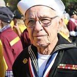 Hij voer op een marineschip in de 2e wereldoorlog.