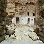 interno di un granaio e abitazione berbera