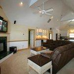 Kite Club Hatteras Large Living room