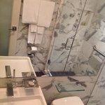 Banheiro limpo! Em ótimas condições de uso!