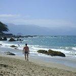 La vista de la playa hacia Conchas Chinas